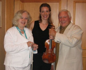 "5/18/2006 Merv Griffin, legendary Hollywood entertainer and Edye Rugolo, the Young Musician's Foundation president, in Beverly Hills. Edye's husband, composer Pete Rugolo, wrote the theme to ""The Fugitive."""