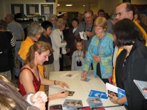 10/2006 Signing CD's in Buck's County, PA after a performance of the Beethoven Concerto.